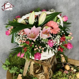 """Composition """"Panier de fleurs"""" Roses et blanches"""